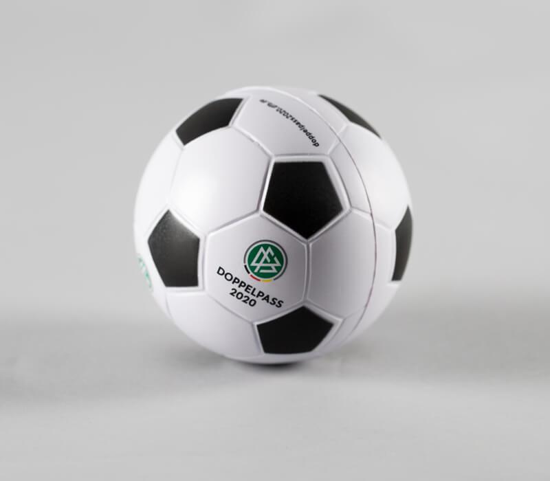 fussball-doppelpass-dfb